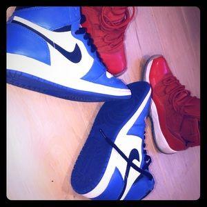 Jordan 1 royals Jordan 11 Gym reds